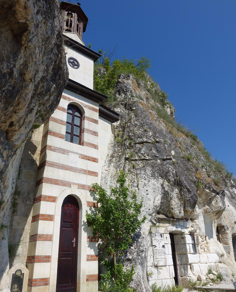 Day trip ideas: the rock hewn churches from Russe – Ego